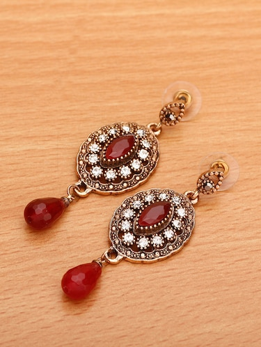 Buy Fashion Jewellery For Women Online in India | Starting at just