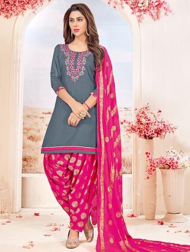 c0453e7fa2 Punjabi Suits