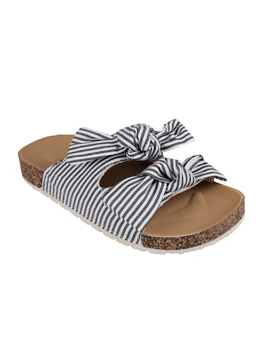6f531796d4c7d Sandals